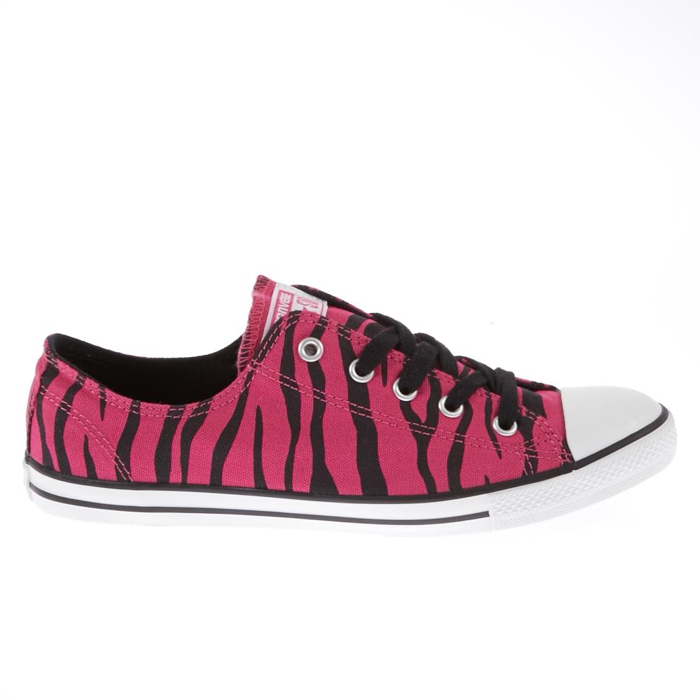 CONVERSE - Γυναικεία παπούτσια Chuck Taylor φούξια-μαύρα γυναικεία παπούτσια sneakers