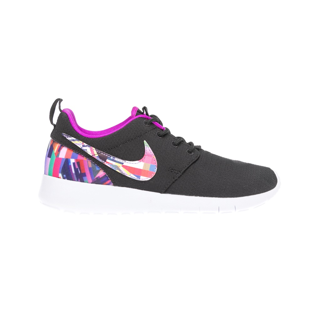 NIKE – Παιδικά παπούτσια NIKE ROSHE ONE PRINT (GS) μαύρα