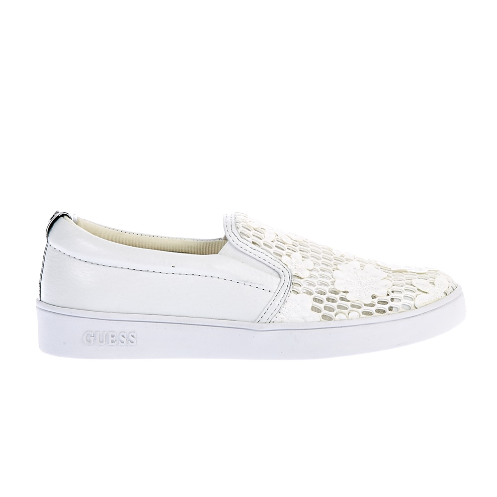 GUESS - Γυναικεία slip-on παπούτσια Guess λευκά ⋆ EliteShoes.gr bc0168a1cae
