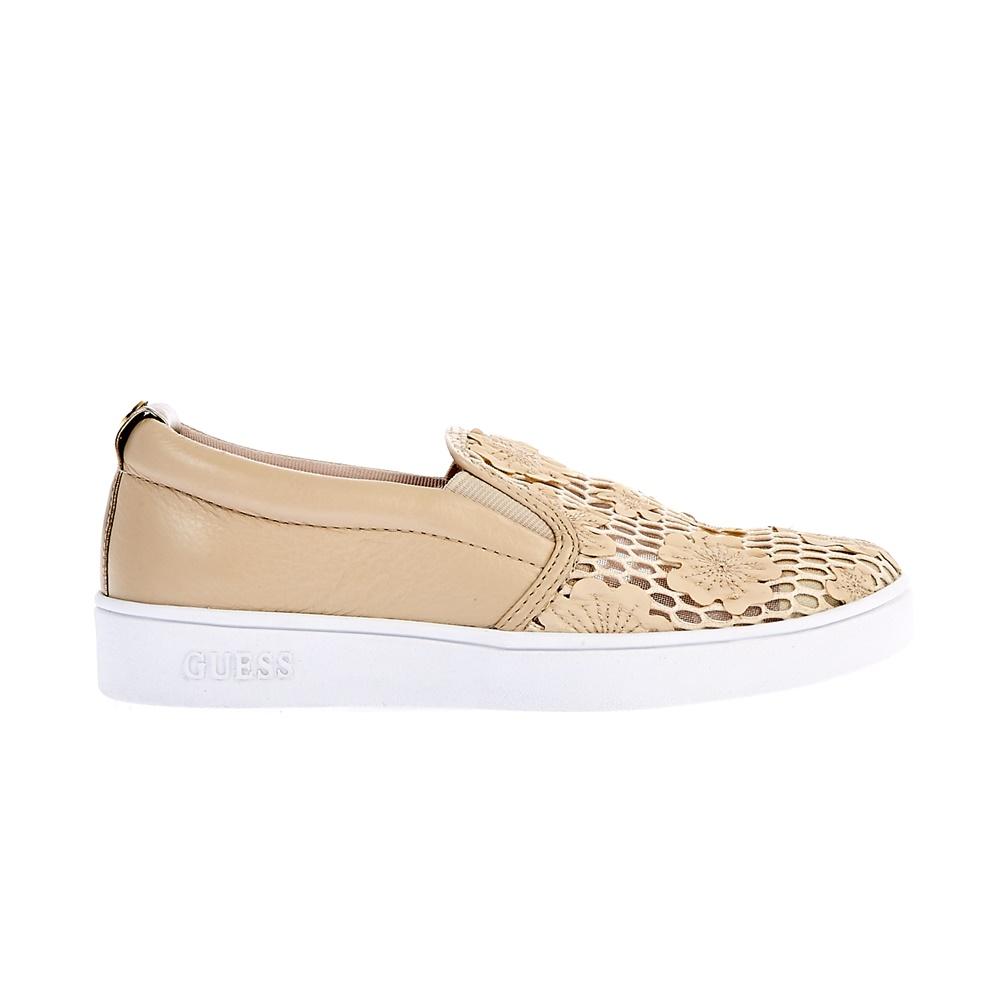 GUESS - Γυναικεία παπούτσια Guess μπεζ γυναικεία παπούτσια μοκασίνια μπαλαρίνες μοκασίνια