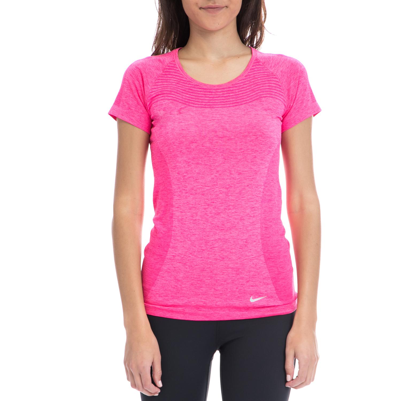 f0184176ba5 NIKE - Γυναικεία μπλούζα NIKE ροζ-φούξια, ΓΥΝΑΙΚΑ | ΡΟΥΧΑ | ΑΘΛΗΤΙΚΑ ...