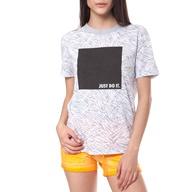 Γυναικεία κοντομάνικη μπλούζα NIKE TEE KISS AIRS CREW μαύρη ... 72bc6ba851c
