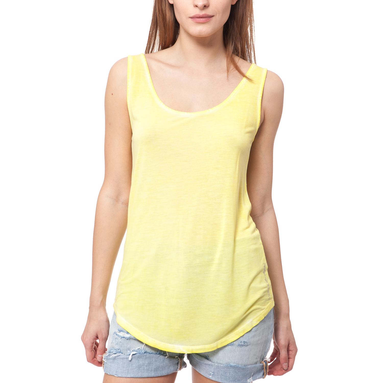 GUESS - Γυναικεία μπλούζα Guess κίτρινη γυναικεία ρούχα μπλούζες αμάνικες