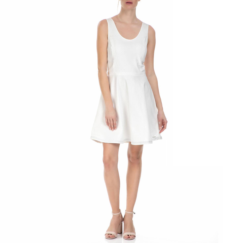 CALVIN KLEIN JEANS - Γυναικείο αμάνικο μίνι φόρεμα Calvin Klein Jeans λευκό γυναικεία ρούχα φορέματα μίνι