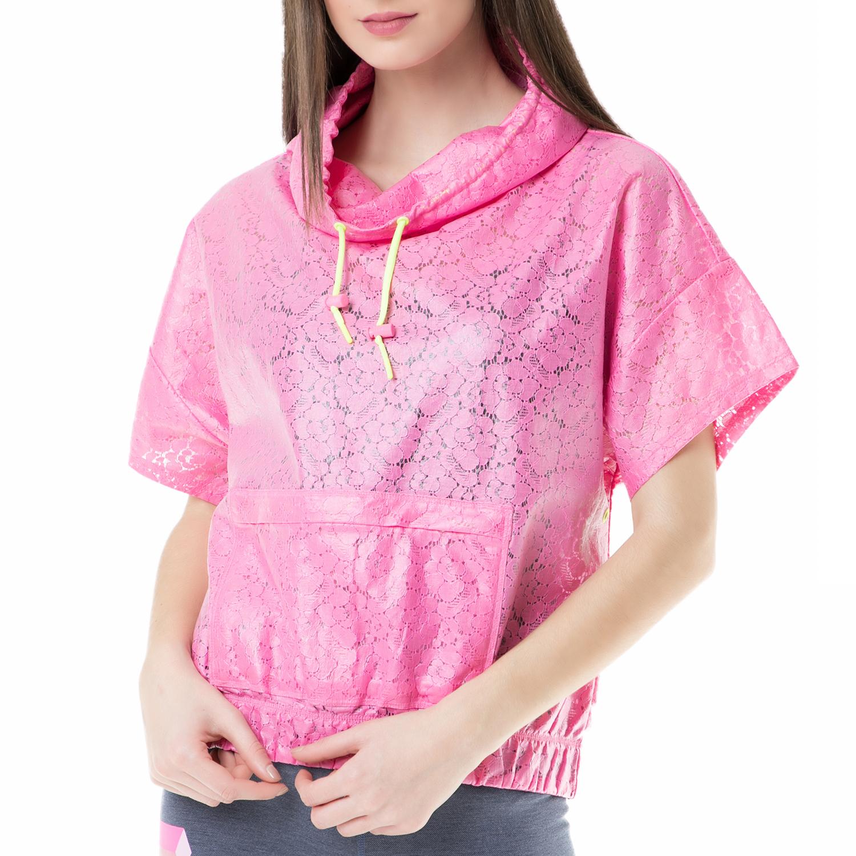 JUICY COUTURE – Γυναικεία κοντομάνικη μπλούζα membrane corded lace packa Juicy Couture φούξια