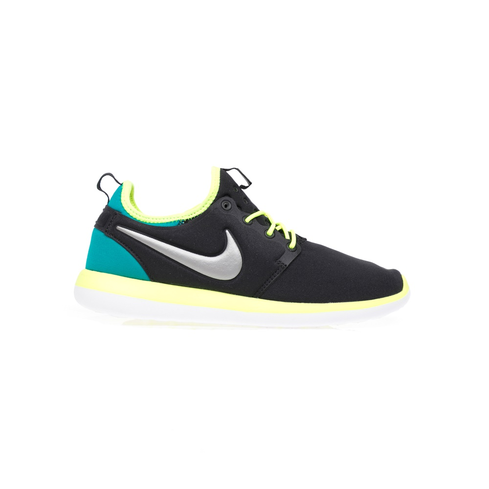 NIKE – Παιδικά αθλητικά παπούτσια NIKE ROSHE TWO (GS) μαύρα