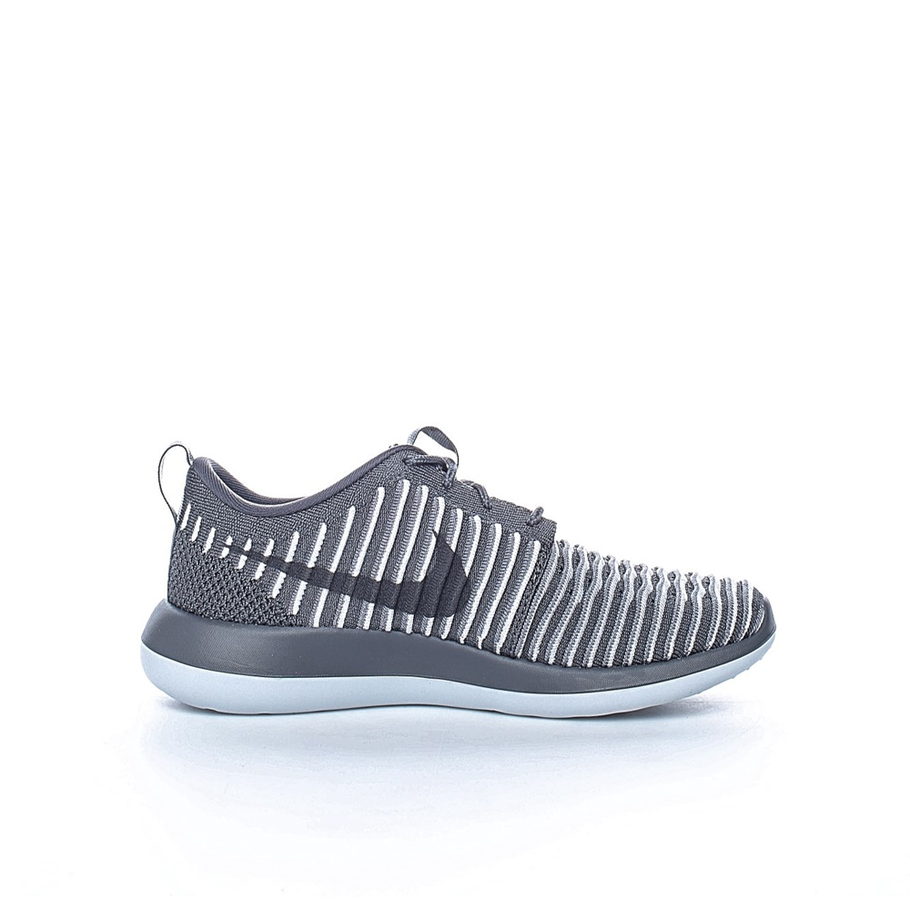 NIKE - Γυναικεία παπούτσια Nike ROSHE TWO FLYKNIT γκρι - λευκά γυναικεία παπούτσια αθλητικά running