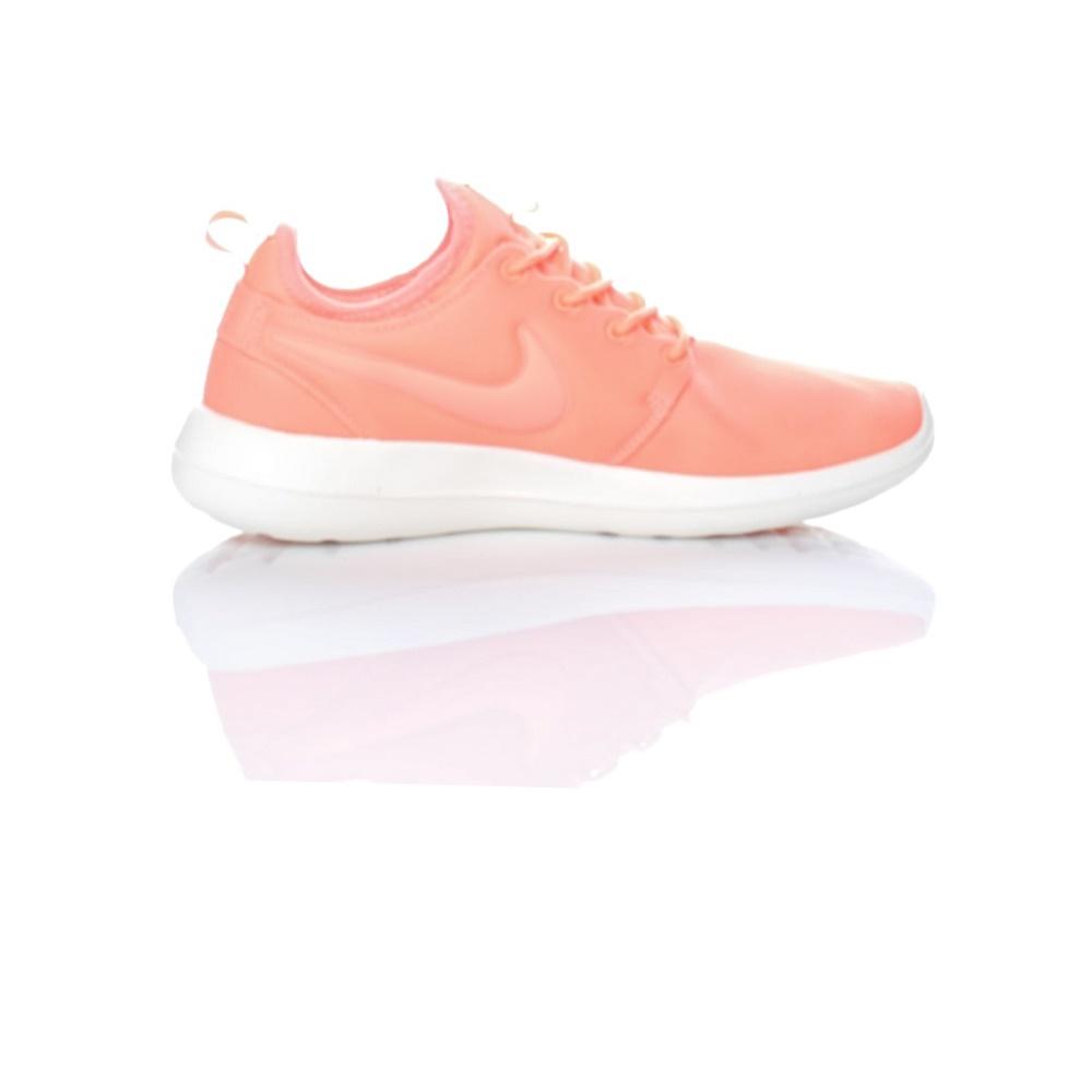 NIKE – Γυναικεία παπούτσια Nike ROSHE TWO πορτοκαλί