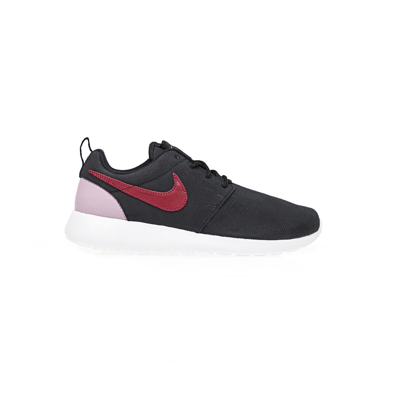 NIKE – Γυναικεία παπούτσια NIKE ROSHE ONE SUEDE μαύρα. Factoryoutlet e019b779159