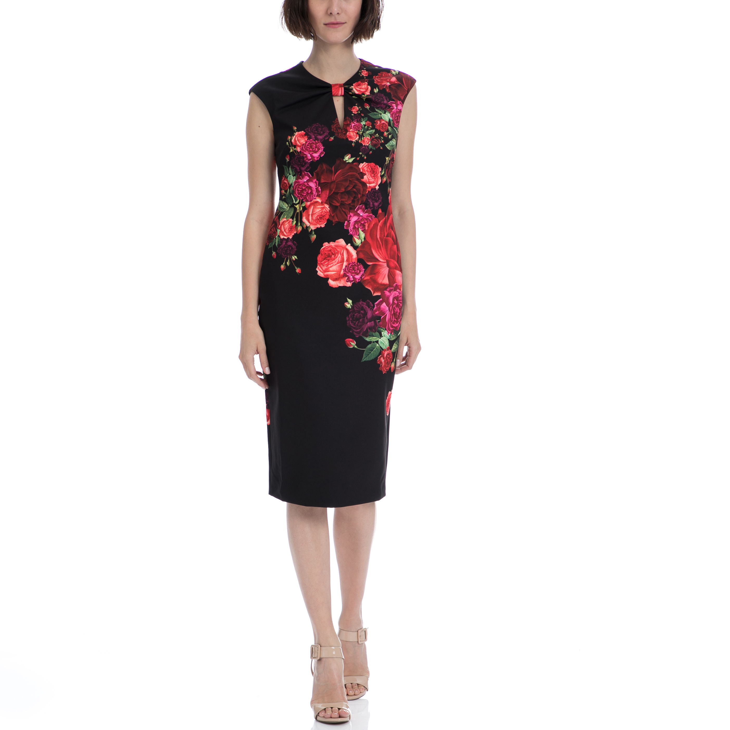 TED BAKER - Μίντι φόρεμα TED BAKER MIRRIE JUXTAPOSE ROSE KNOT DRESS μαύρο φλοράλ Μίντι εφαρμοστό φόρεμα σε μαύρο χρώμα με μοτίβο από μεγάλα λουλούδια. Είναι αμάνικο και διαθέτει στρογγυλή λαιμόκοψη. Κλείνει με φανερό φερμουάρ στην πλάτη και διαθέτει μοντέρνο τριγωνικό άνοιγμα στο