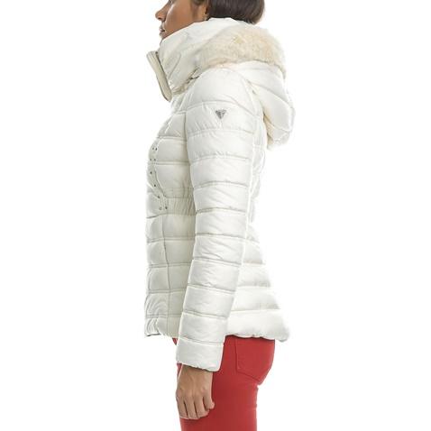 GUESS-Γυναικείο μπουφάν GUESS NEZIHE λευκό