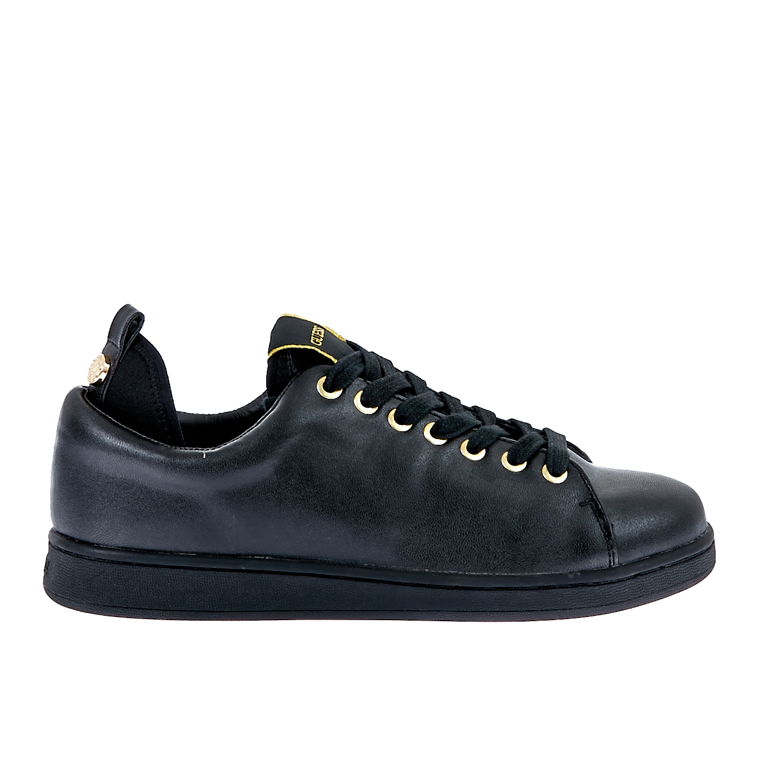 GUESS - Γυναικεία παπούτσια Guess μαύρα ⋆ EliteShoes.gr 2ea96ad3eb3