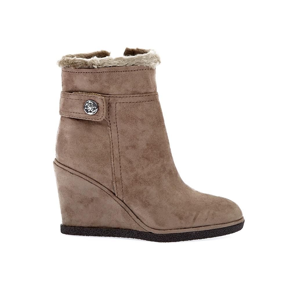 GUESS - Γυναικεία μποτάκια Guess μπεζ γυναικεία παπούτσια μπότες μποτάκια μποτάκια