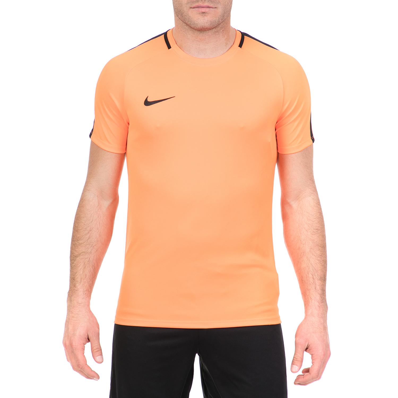 ab72027e5333 NIKE - Ανδρική ποδοσφαιρική μπλούζα Nike Dry ACDMY πορτοκαλί
