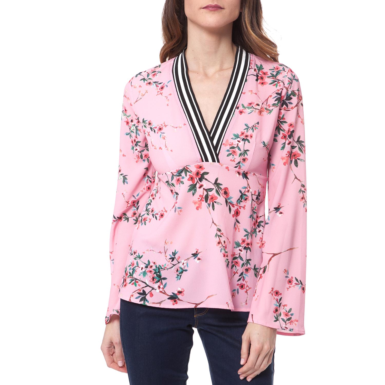 47b9e6f36630 GUESS - Γυναικεία μπλούζα Guess ροζ