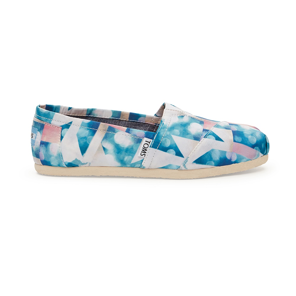TOMS – Γυναικεία slip-ons TOMS CLEARWATER SATIN CLOUD γαλάζια