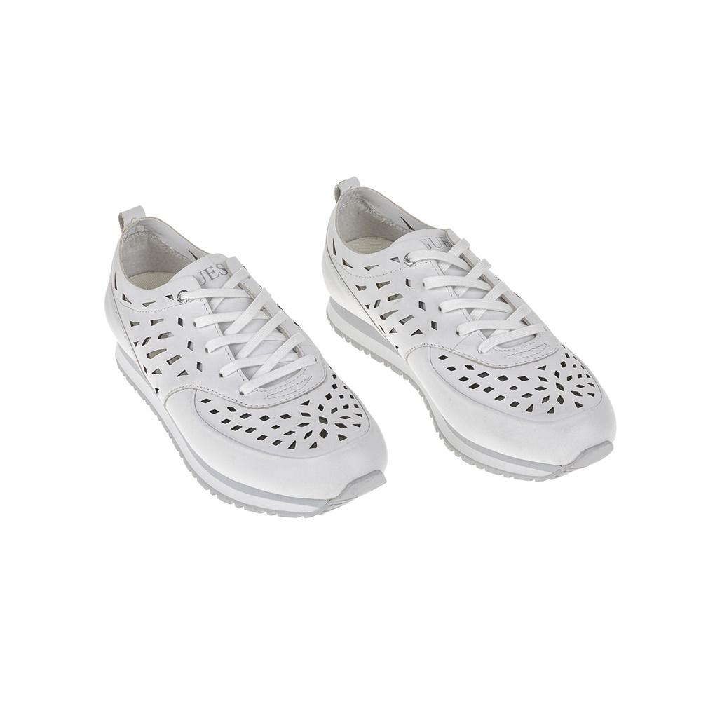 97a00f26a9f GUESS - Γυναικεία sneakers GUESS λευκά, Γυναικεία sneakers, ΓΥΝΑΙΚΑ |  ΠΑΠΟΥΤΣΙΑ | SNEAKERS