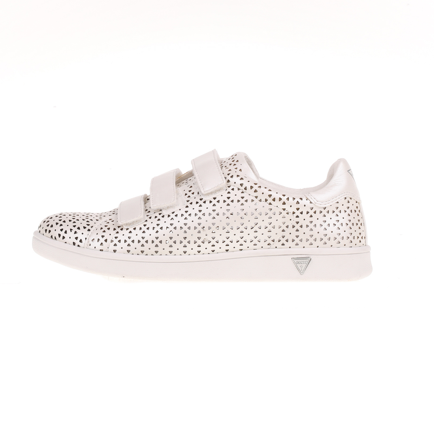 18b77d4fbed -60% Factory Outlet GUESS – Γυναικεία sneakers SUZIE GUESS λευκά