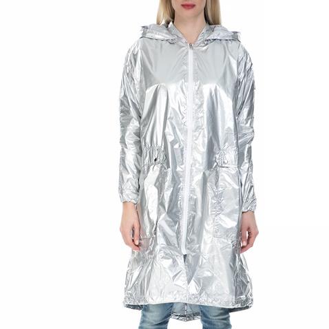 Γυναικείο μπουφάν παρκά Calvin Klein Jeans ασημί (1523562.0-00y1 ... a8c70784399