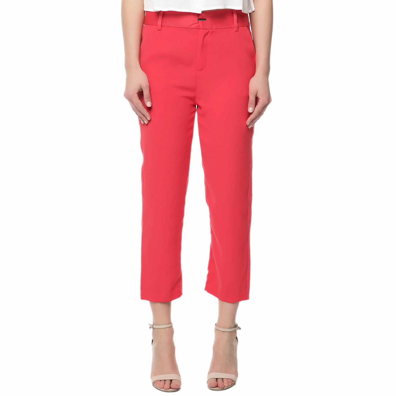 GUESS - Γυναικείο chino παντελόνι Guess DOWNTOWN CREPE κοραλί γυναικεία ρούχα παντελόνια chinos