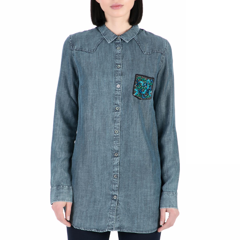 fe51c59486f5 GUESS – Γυναικέιο ντένιμ μακρυμάνικο πουκάμισο GUESS μπλε