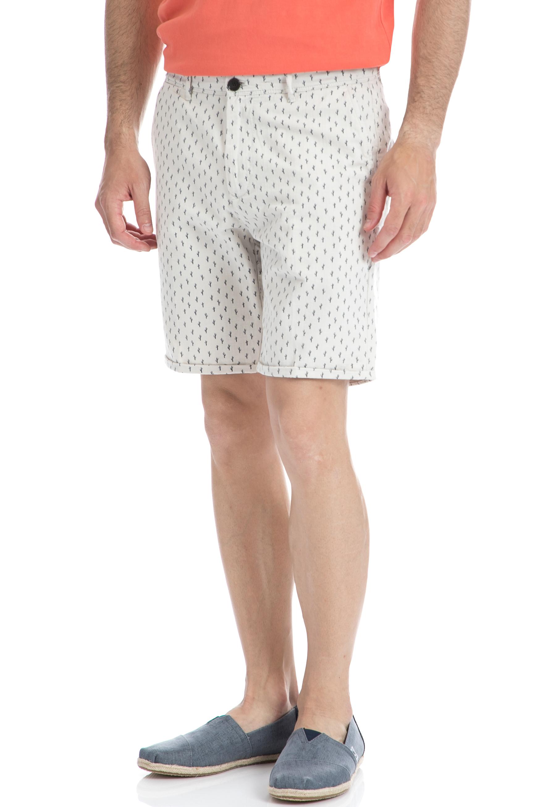 SCOTCH & SODA - Ανδρική βερμούδα SCOTCH & SODA λευκή ανδρικά ρούχα σορτς βερμούδες casual jean
