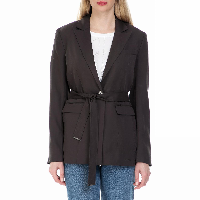 CALVIN KLEIN JEANS - Γυναικείο blazer Calvin Klein Jeans σκούρο καφέ γυναικεία ρούχα πανωφόρια σακάκια