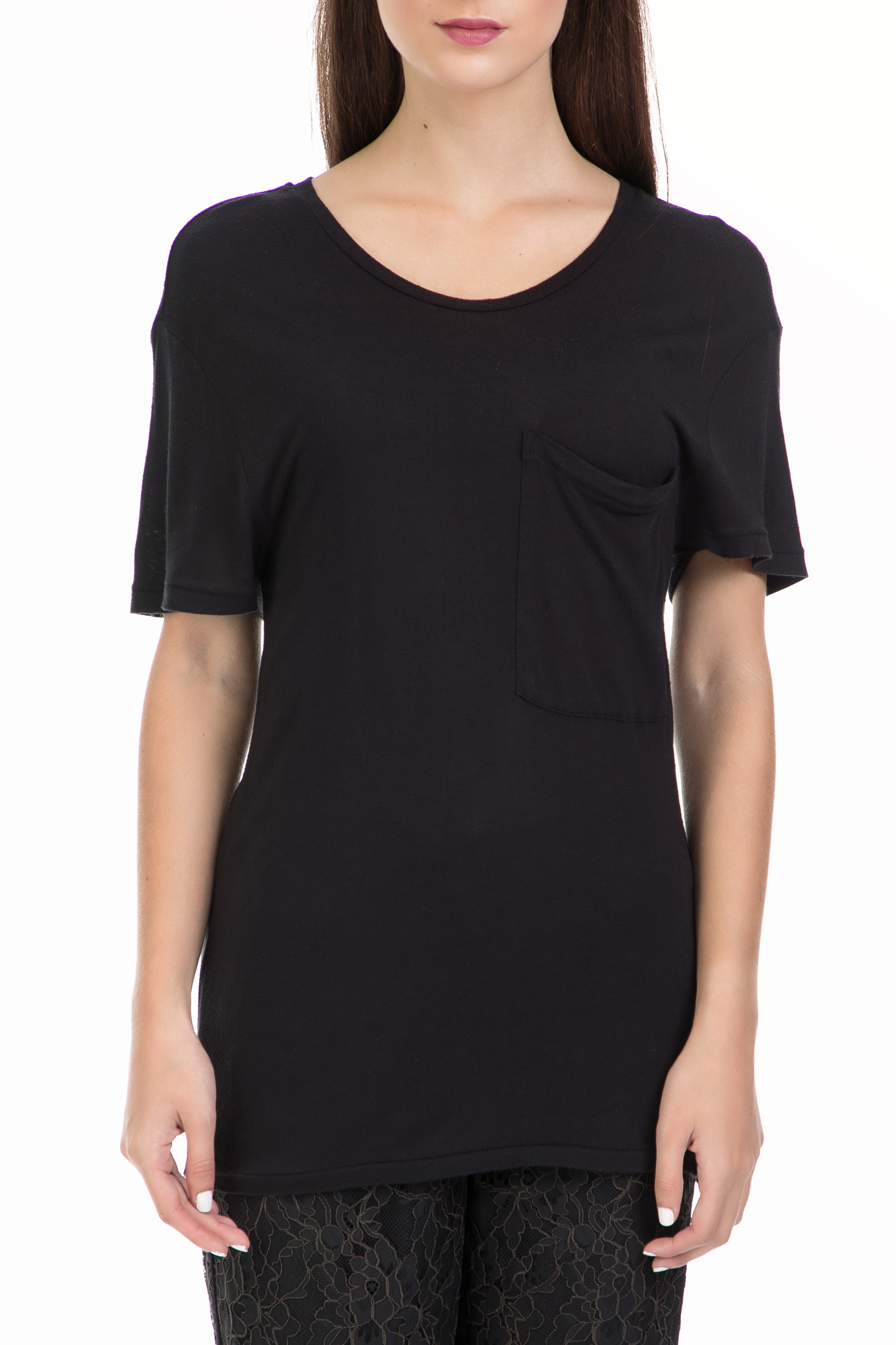 SCOTCH & SODA - Γυναικεία μπλούζα Home alone loose fitted tee μαύρη γυναικεία ρούχα μπλούζες κοντομάνικες