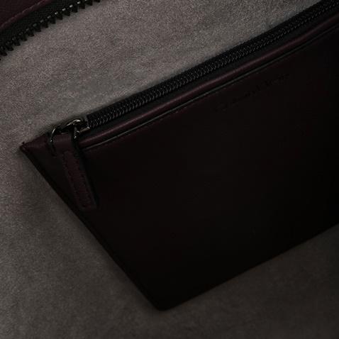 Γυναικεία τσάντα LUNA MEDIUM TOTE STAPLER μπορντό-μοβ - CALVIN KLEIN ... 4e937aa0ae0