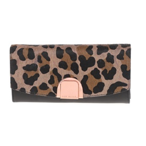29f981a18a TED BAKER. Γυναικείο πορτοφόλι ...