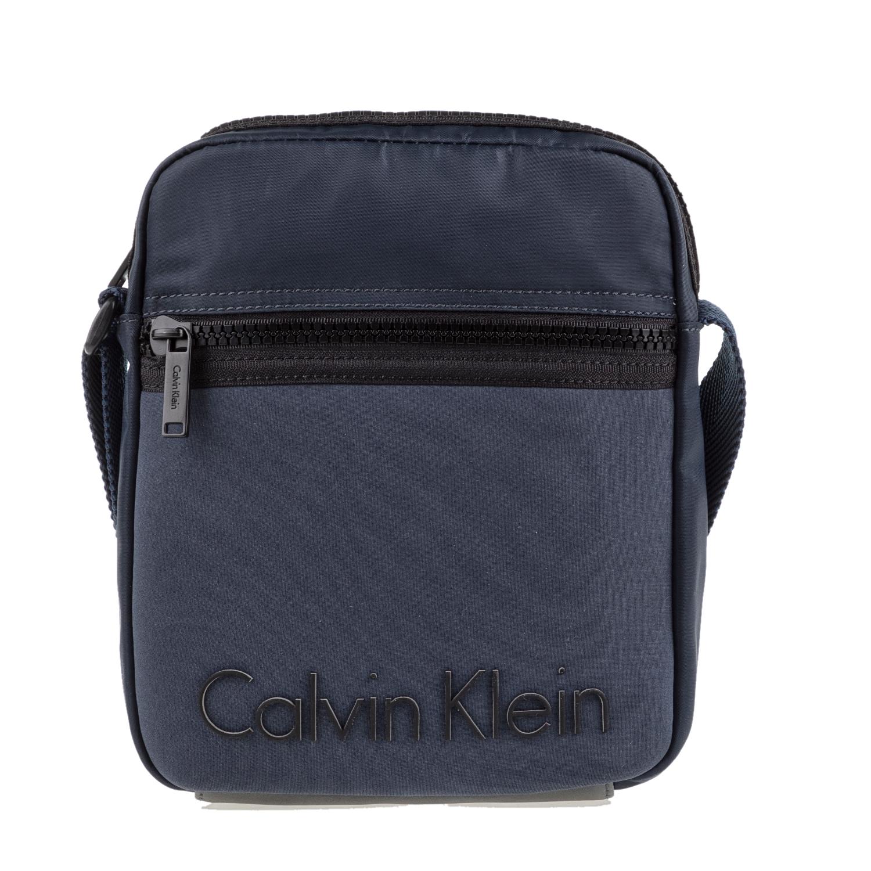 CALVIN KLEIN JEANS - Ανδρικό τσαντάκι χιαστί ALEC REPORTER μπλε ανδρικά αξεσουάρ τσάντες σακίδια ωμου
