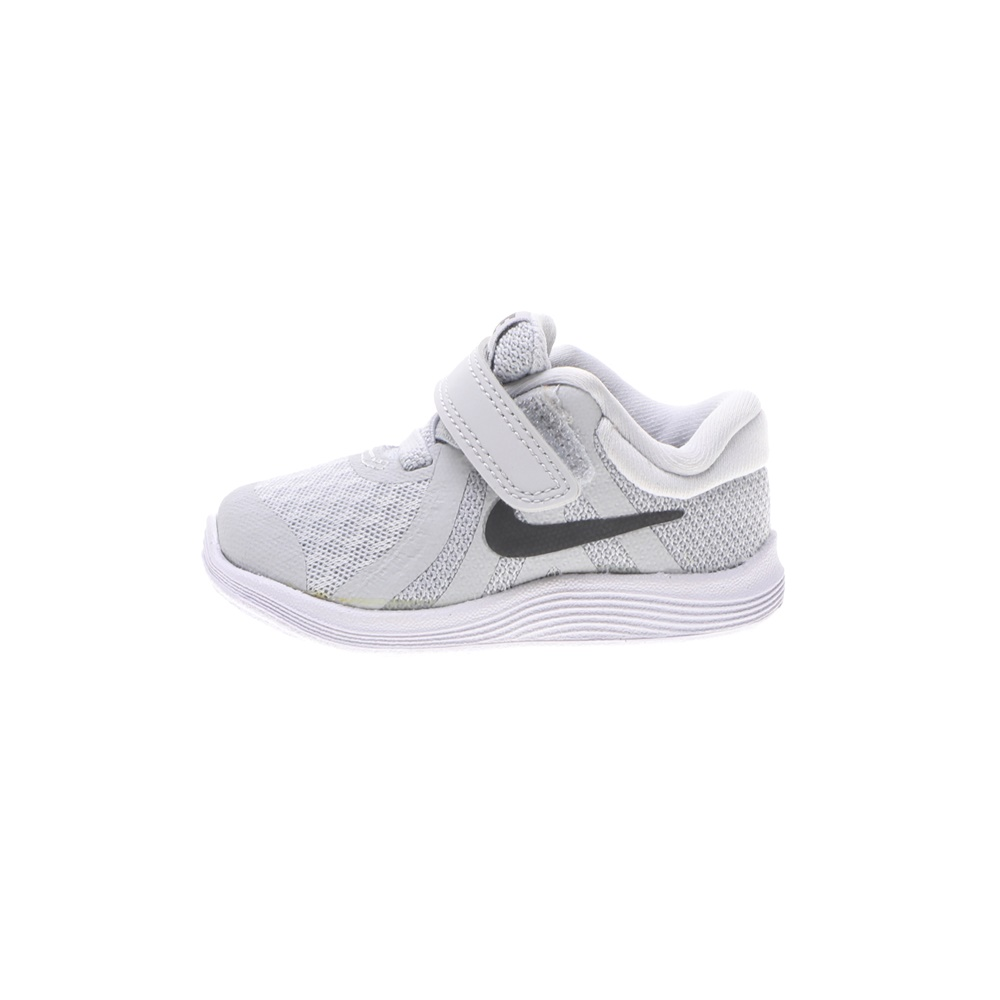 NIKE – Βρεφικά αθλητικά παπούτσια NIKE REVOLUTION 4 (DΤV) γκρι ασημί