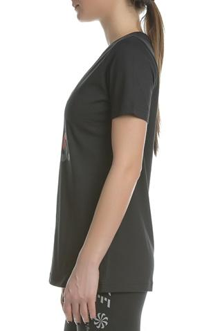 NIKE. Γυναικεία κοντομάνικη μπλούζα NIKE TEE KISS AIRS CREW μαύρη b6c1d2e4cd1