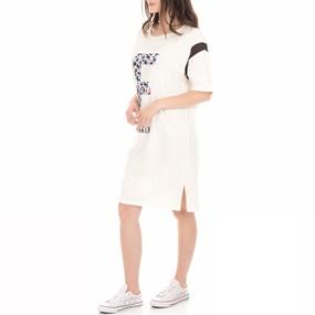 μαύρο και άσπρο φόρεμα για εφήβουςπορνό σε απευθείας σύνδεση βίντεο