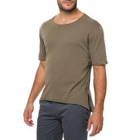 40594a788c61 AMERICAN VINTAGE. Ανδρική κοντομάνικη μπλούζα AMERICAN VINTAGE καφέ
