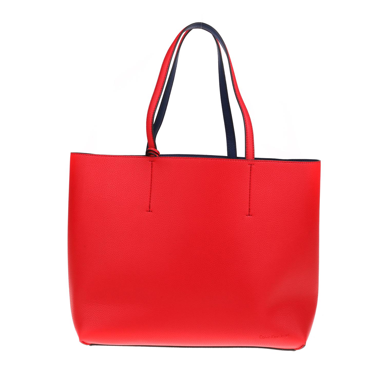 CALVIN KLEIN JEANS - Γυναικεία τσάντα ώμου ULTRA LIGHT CALVIN KLEIN JEANS κόκκιν γυναικεία αξεσουάρ τσάντες σακίδια ωμου