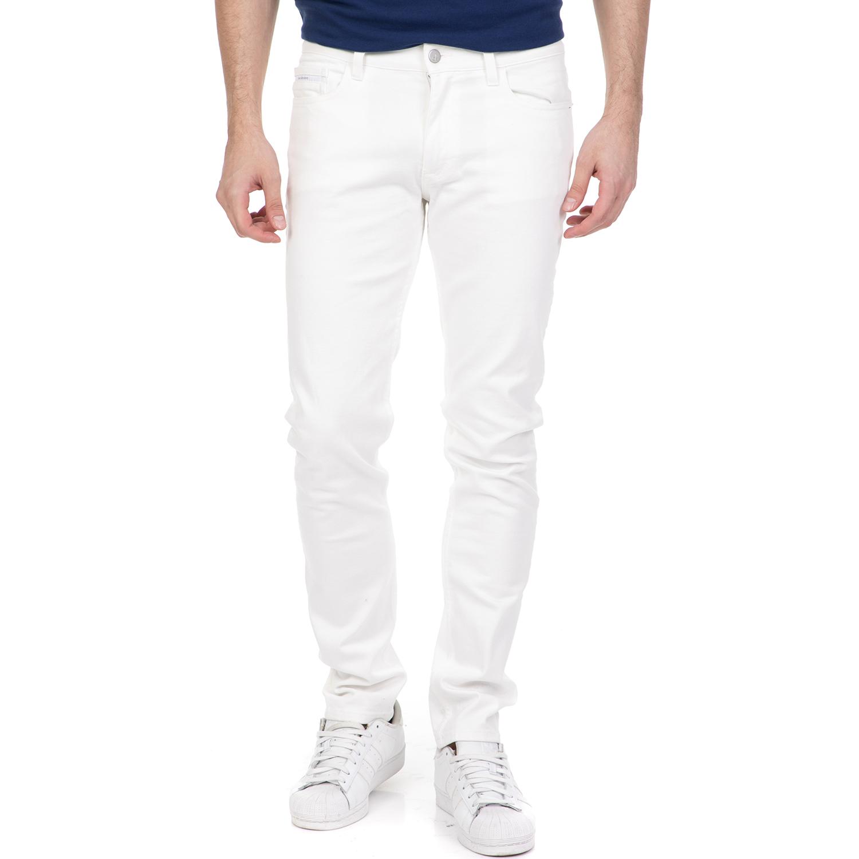 2a6899d8f97b CALVIN KLEIN JEANS - Ανδρικό τζιν παντελόνι CALVIN KLEIN JEANS λευκό