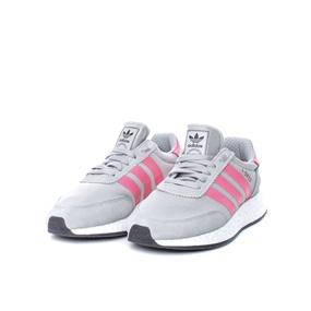 3a5a0239b011 adidas Οriginals. Γυναικεία παπούτσια ...