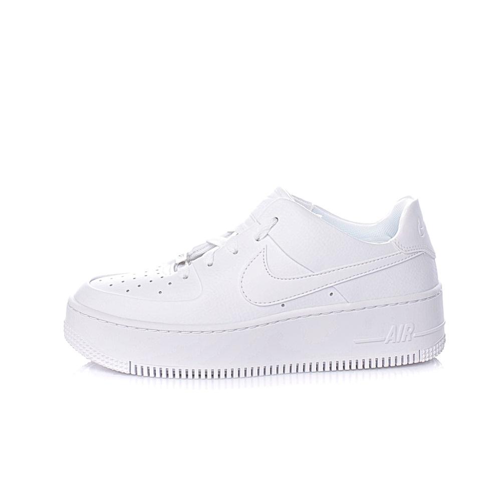 NIKE – Γυναικεία sneakers NIKE AF1 SAGE LOW λευκά