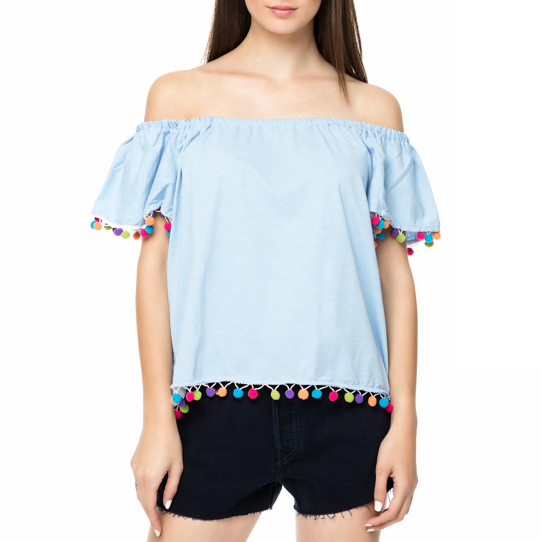 FOUR ANGELS - Γυναικείο off the shoulders τοπ με πον-πον FOUR ANGELS γαλάζιο γυναικεία ρούχα μπλούζες τοπ