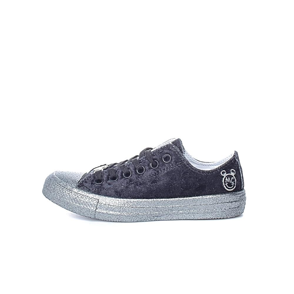CONVERSE – Γυναικεία sneakers CONVERSE x MILEY CYRUS μαύρα-ασημί