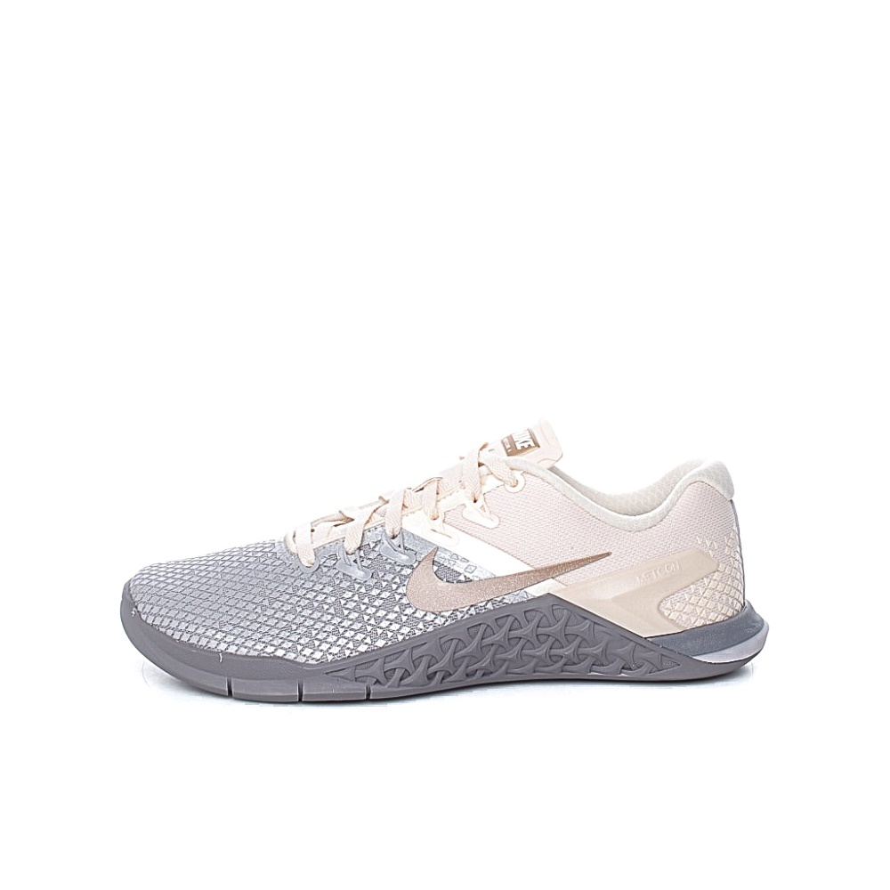 NIKE – Γυναικεία παπούτσια προπόνησης Nike Metcon 4 XD Metallic εκρού
