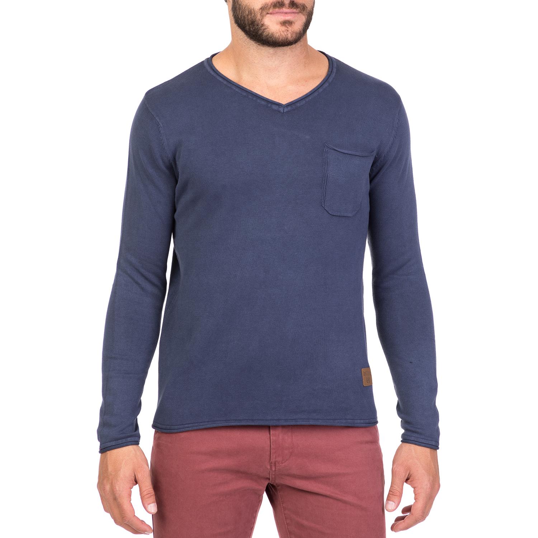 de202773c2f4 BATTERY - Ανδρικό πουλόβερ με V BATTERY μπλε 1715732.0-0013