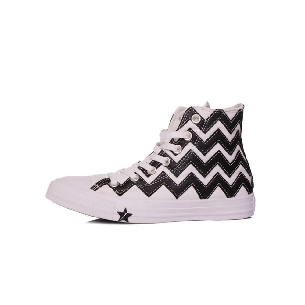 CONVERSE – Γυναικεία sneakers CONVERSE CHUCK TAYLOR ALL STAR VLTG ασπρόμαυρα