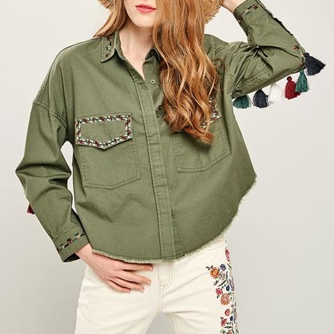ac926a3ba6ed Γυναικείο μακρυμάνικο πουκάμισο με φουντίτσες FUNKY BUDDHA χακί  (1742876.0-x400)
