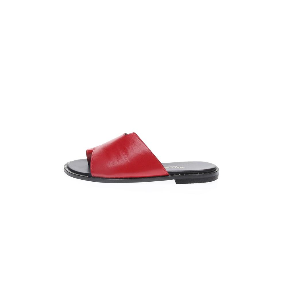 WALL STREET – Γυναικεία φλατ mules ADAMS WALL STREET κόκκινα
